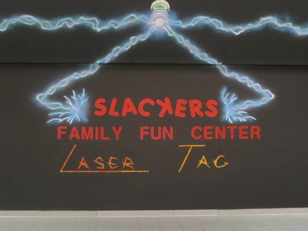 Slackers Family Fun Center & Laser Tag Logo